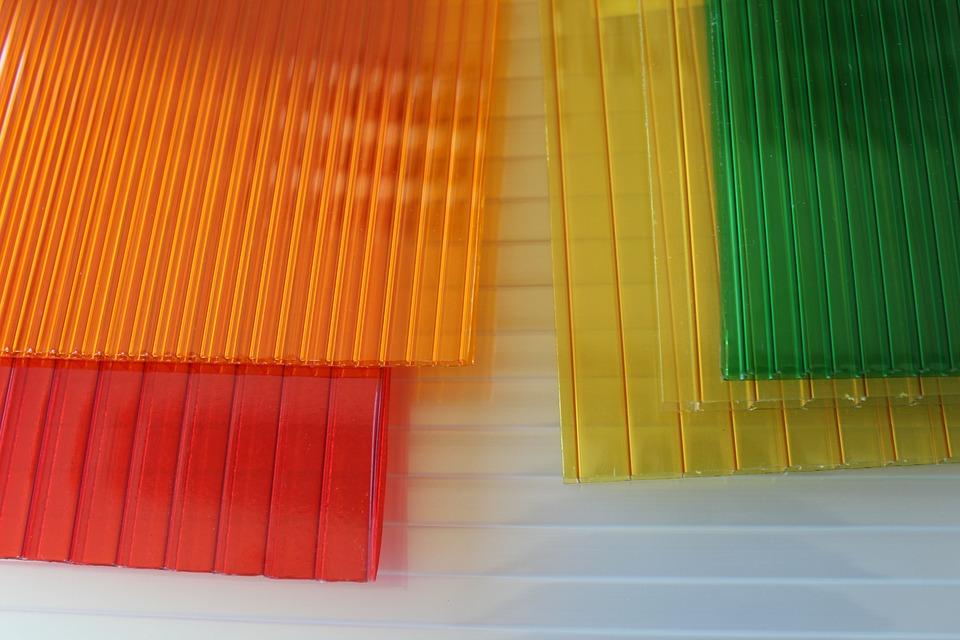 desky z polykarbonátu