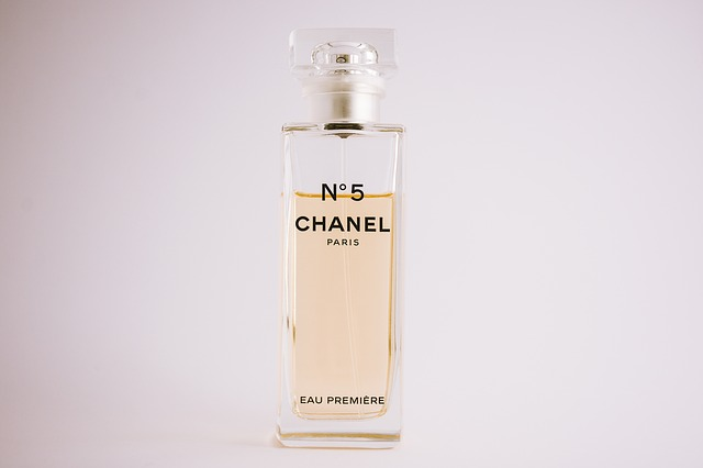chanel parfém